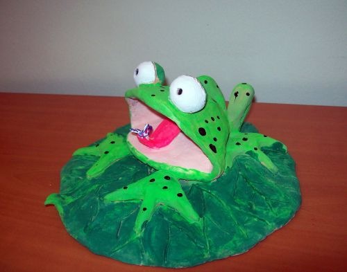 Honorable Mention, Dilan Sendan, Turkey, Frogs Are Green Kids Art Contest, Best 3D Art