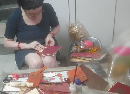 Jyoti Gulati, Uttrakhand, Haridwar - making art from recycled cards