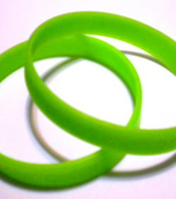 2-FrG-wristbands-2