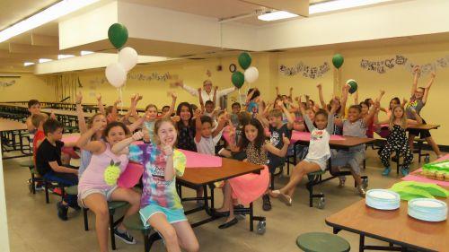 students-celebrate-101-wallce-school-frogs-book