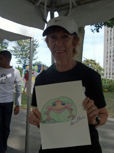 Patricia draws a frog at WPLIVE