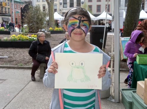 young-girl-with-frog-drawing-city-hall