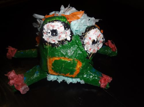 Honorable Mention, Elizabeth Manthey, Plymouth, Wisconsin, USA, Frogs Are Green Kids Art Contest, Best 3D Art