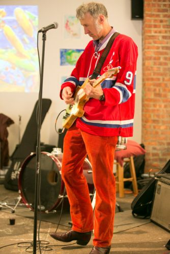 Dave Case on the guitar with The Gully Hubbards at Frogs Are Green's Green Dream - Save the Frogs Day event at The Distillery Gallery in Jersey City. Photo by Danny Chong.