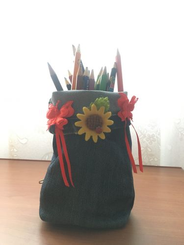 Diana Postolache, 16 years old, Romania, Earth Day 2020 art from recycled materials